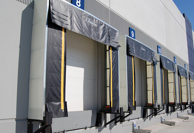 Truck Dock Shelters : Maintain dock temperature with serco loading shelters
